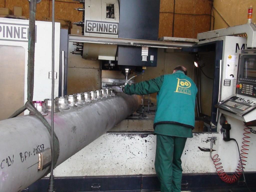 Универсален обработващ стругов център Spinner TC800-110